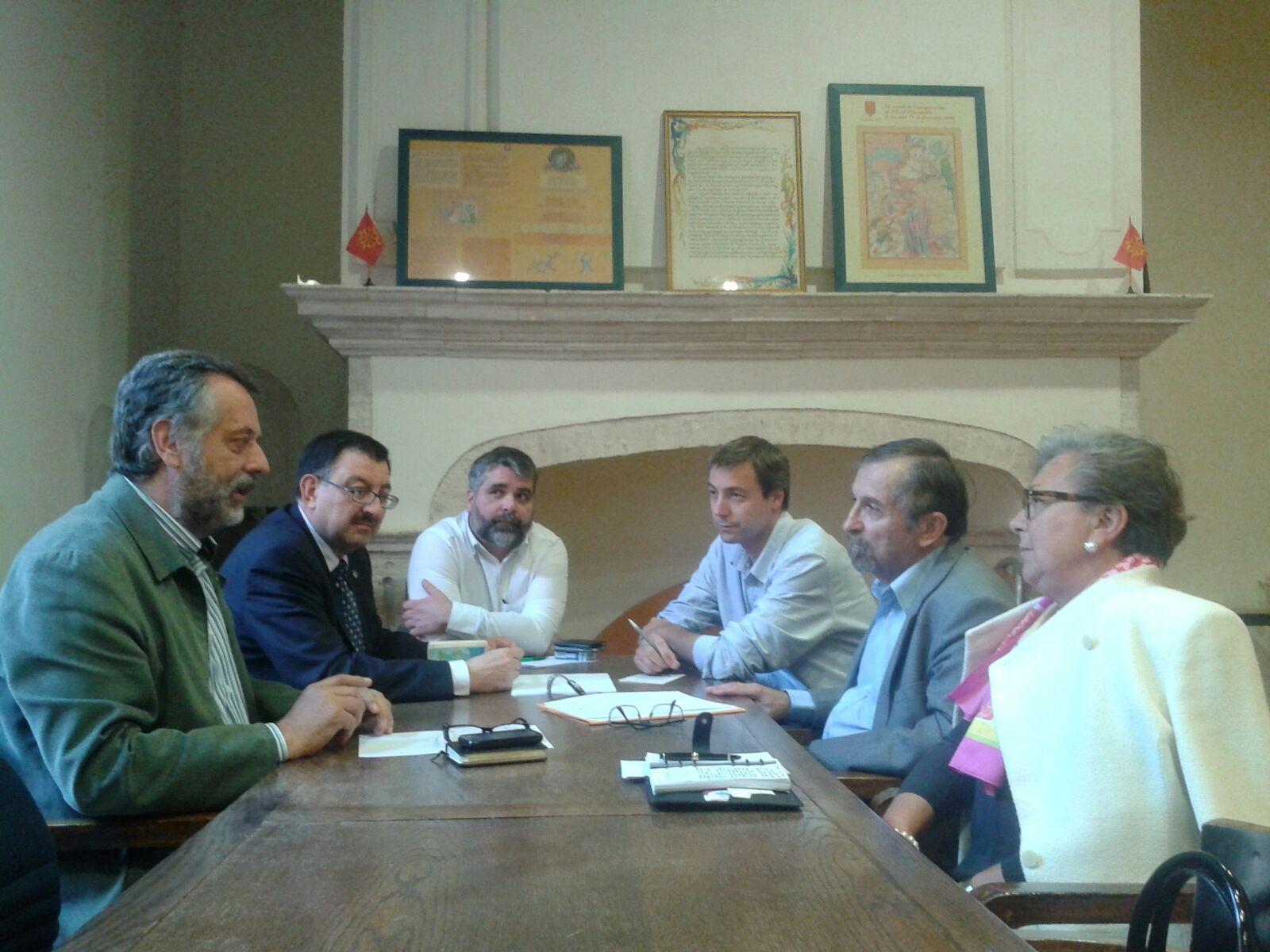 Relacions Entre Era Acadèmia Aranesa Dera Lengua Occitana E Eth Congrès Permanent De La Lenga Occitana