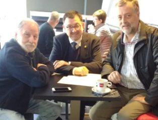 Er IEA E Antoni Nogués Signen Un Convèni Entara Difusion Des Traduccions Ar Aranés D'òbres Dera Literatura Internacionau
