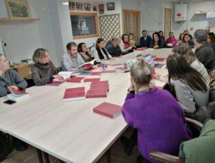 PRESENTACION DETH DICCIONARI AS PROFESSORS DER INSTITUT D'ARAN