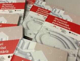 Editat En Papèr Eth Diccionari Dera Activitat Parlamentària